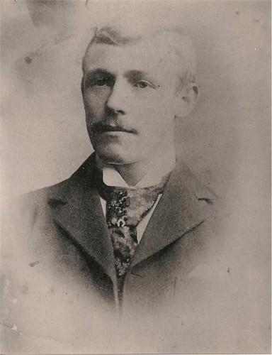 Robert Neill II