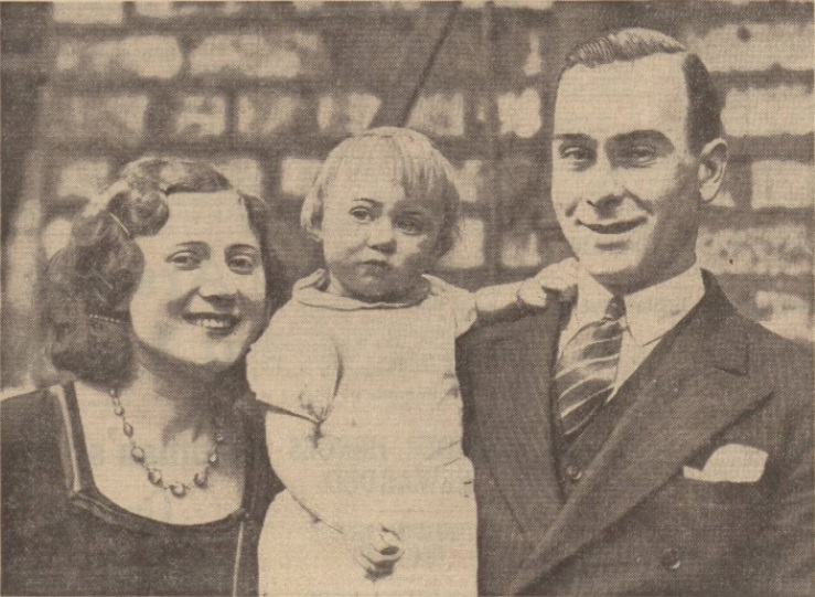 Gordon Hodgson with his wife and daughter.