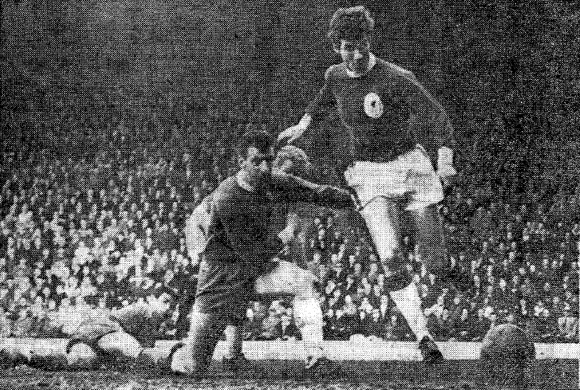 Geoff Strong Chelsea 1965