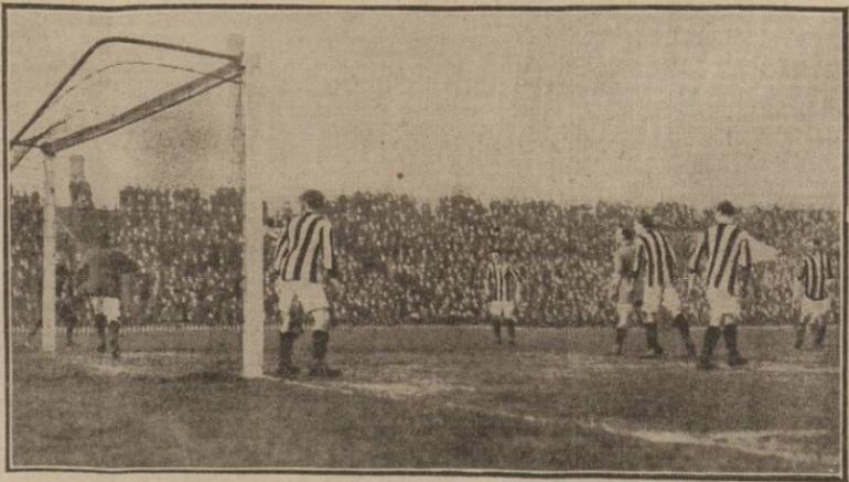 1915 MUFC v LFC image