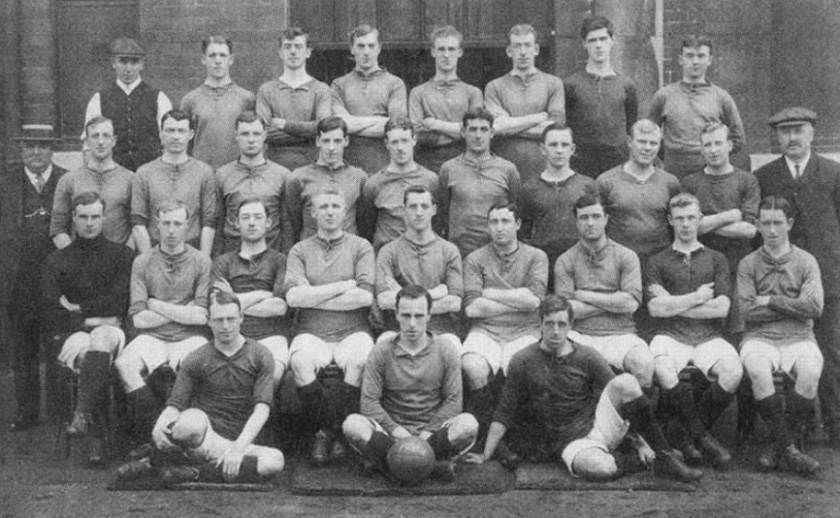 1910 squad picture from LFChistory