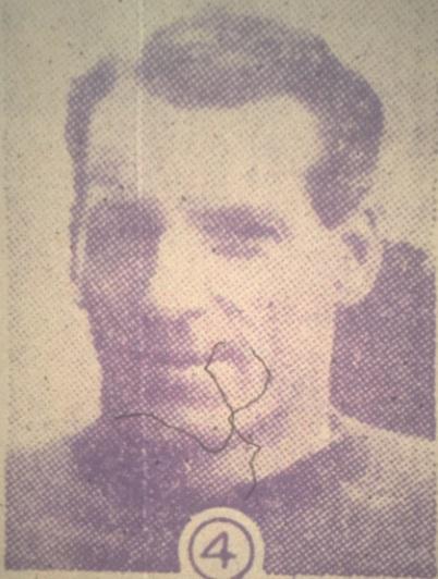 4 Donald Mackinlay