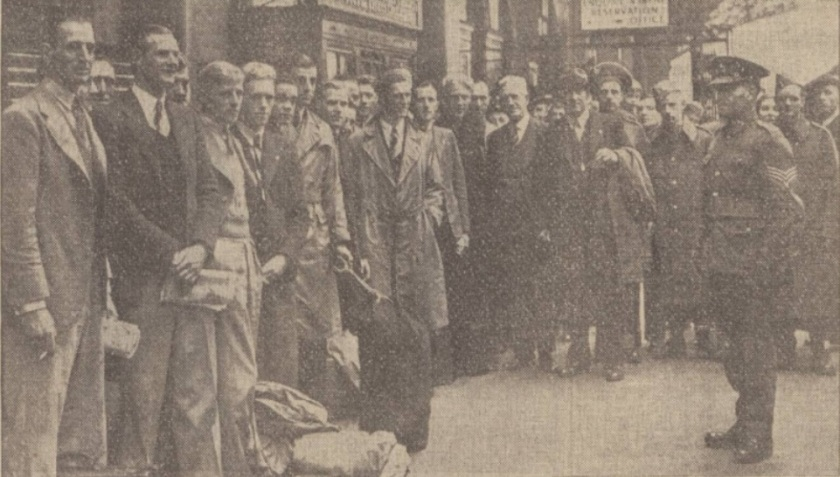 1939 LFC off to camp