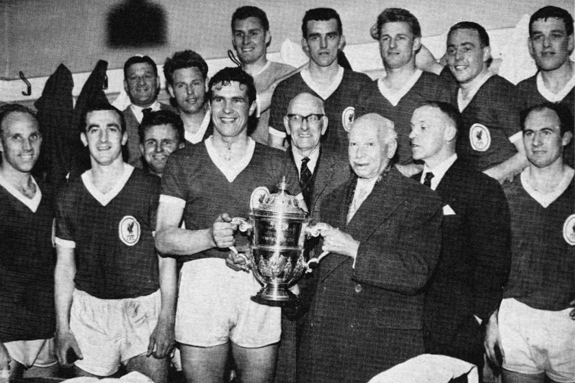 1961 LFC team picture with trophy