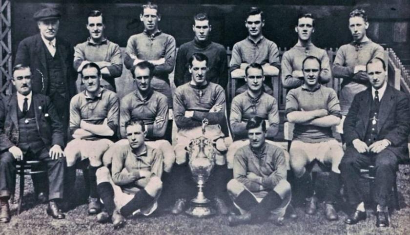 1922-dinner-1822-team