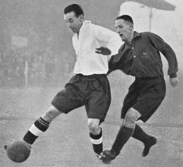 the-army-1940-stanley-matthews-and-andy-beattie
